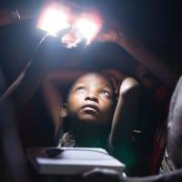 Solarlichter für Familien in Tansania © Berthold Hock, VILLAGEBOOM GmbH