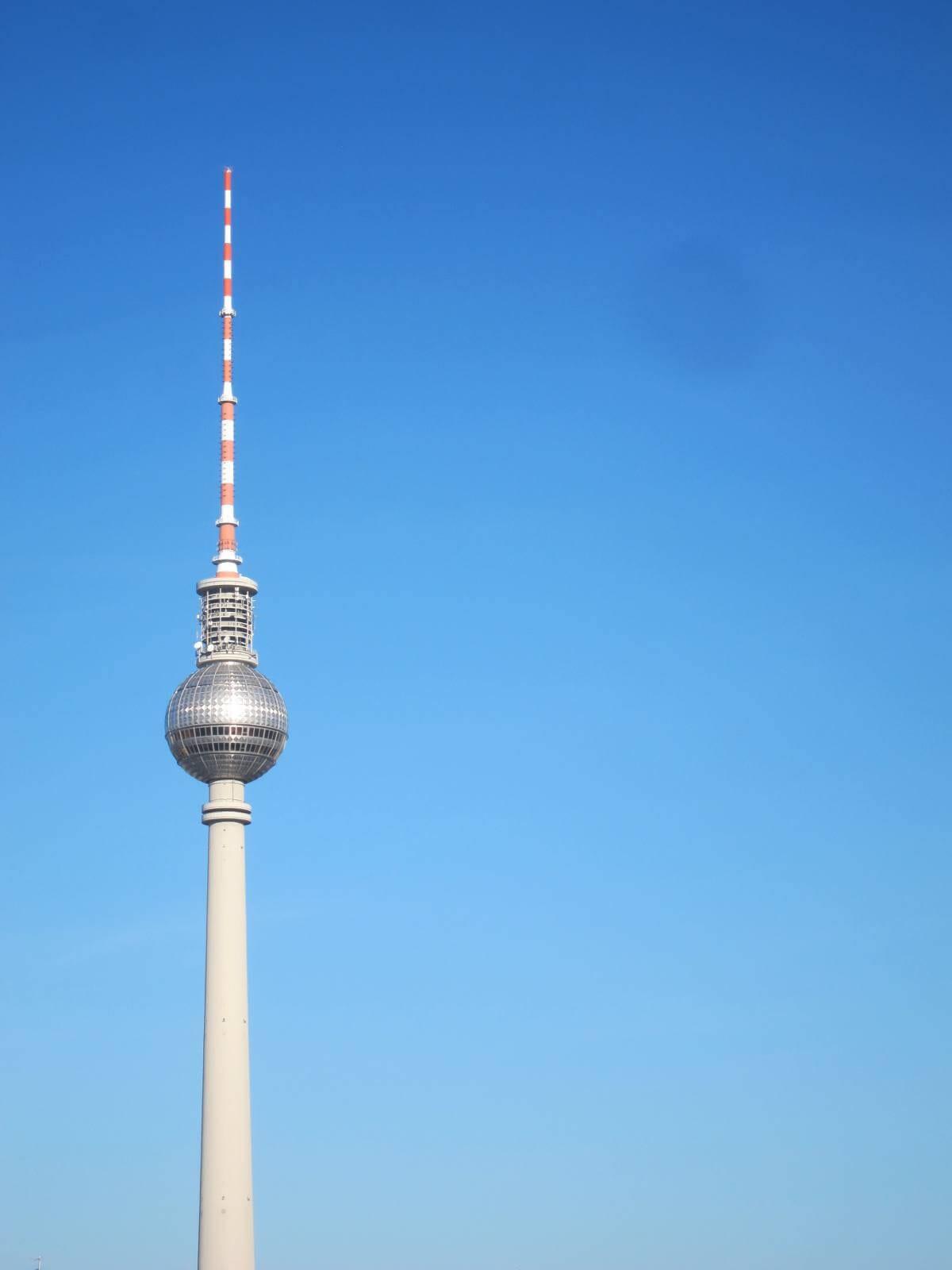 Fernsehturm von Berlin. (Bild: © Initiative Echte Soziale Marktwirtschaft (IESM)/ pixelio.de)