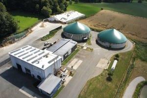 Die NATURSTROM Biogas-Anlage Hiltpoltstein. (Bild: © NATURSTROM AG)