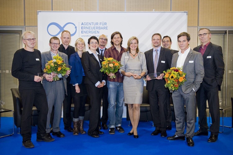 Die Preisträger und Ladatoren des Journalistenpreises 2015 der Agentur für Erneuerbare Energien © AEE