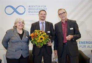 Moderatorin Dagmar Dehmer, Tagesspiegel, Preisträger Dirk Vilsmeier, BR, und Laudator Dr. Thomas E. Banning, NATURSTROM