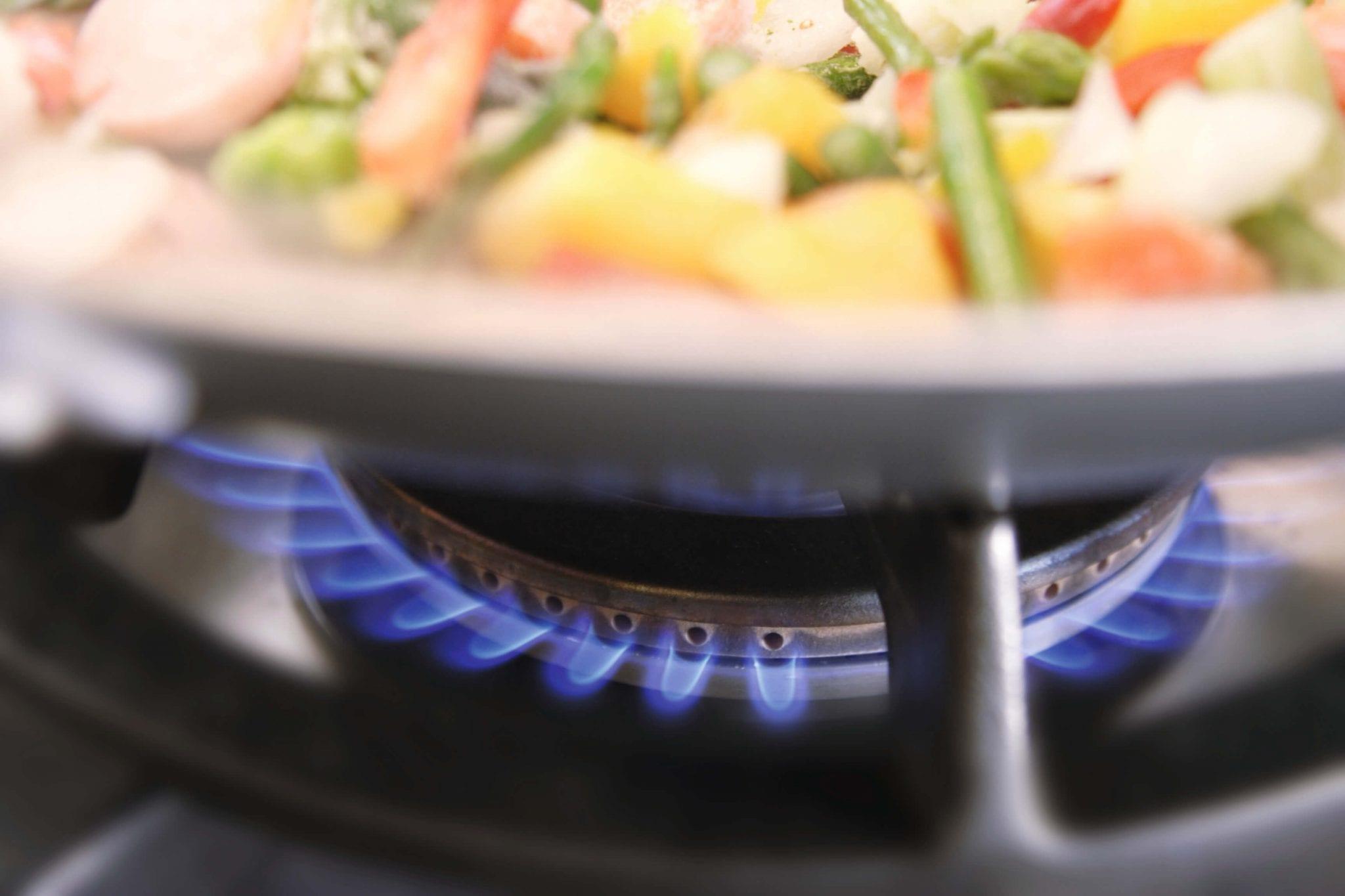 g nstiger heizen und kochen mit naturstrom biogas. Black Bedroom Furniture Sets. Home Design Ideas