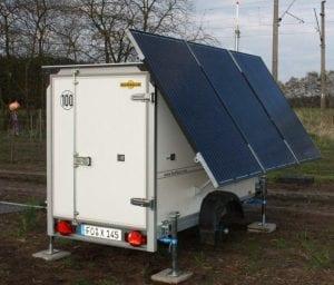 In Wöbbelin nahe Schwerin hat NATURSTROM einen LiDAR-Trailer aufgestellt, um die Windgeschwindigkeit zu messen © NATURSTROM AG