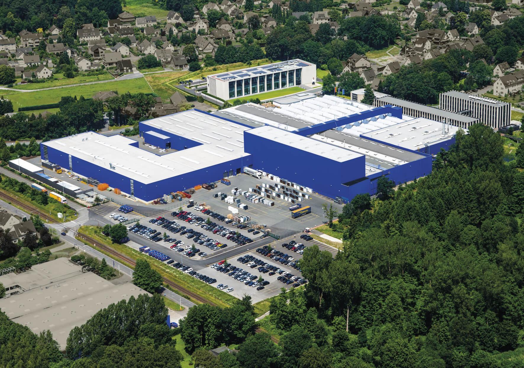 Auch der Hörmann-Produktionsstandort in Amshausen wird mit naturstrom beliefert © Hörmann KG