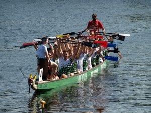 Der Personaler Martin Suhrbier hat bei NATURSTROM ein Drachenboot-Team ins Leben gerufen.