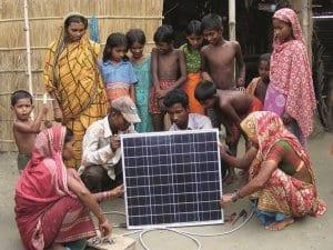 Projekt der Andheri-Hilfe in Bangladesch. NATURSTROM will 2000 Solaranlagen fördern.