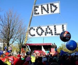 Bei der Demo am Samstag forderten 25.000 Menschen einen schnellen Kohleausstieg. Foto: Sebastian Scholz, NABU