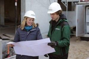 Unsere Projektingenieurinnen und Projektingenieure tragen die Energiewende in die Städte. Bei NATURSTROM arbeiten über 370 Mitarbeiterinnen und Mitarbeiter für die Energiewende.