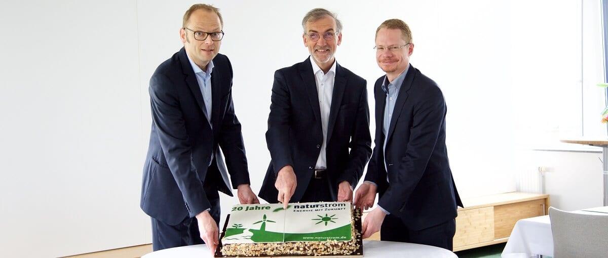 Die NATURSTROM AG wird 20: 16 Mitglieder aus Umwelt- und Ökoenergieverbänden gründeten am 16. April 1998 den Energieversorger.