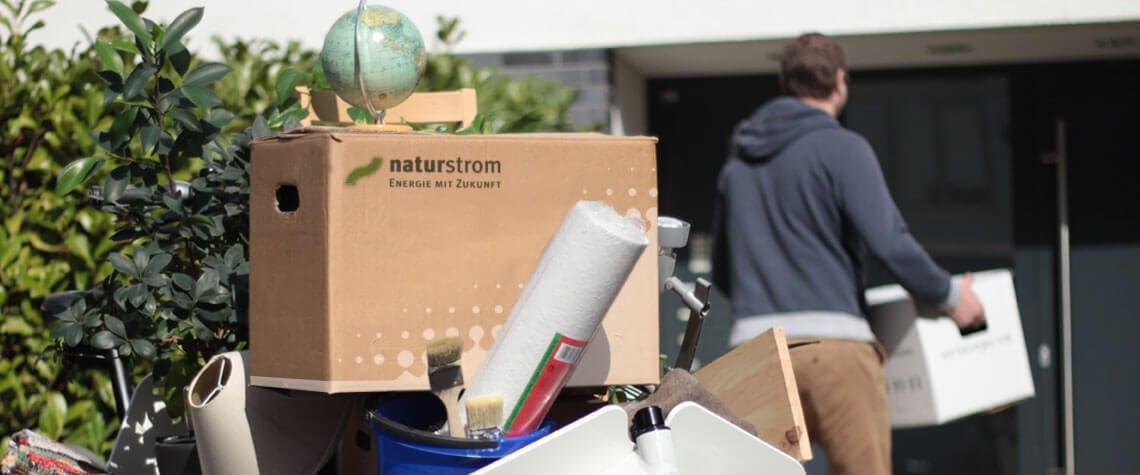 Mit naturstrom umziehen - zum Beispiel in die erste eigene Wohnung. Foto: NATURSTROM