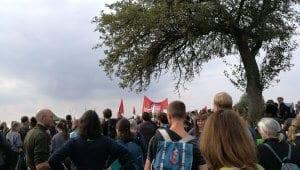 Teilnehmer der Protestaktionen zum Erhalt des Waldes