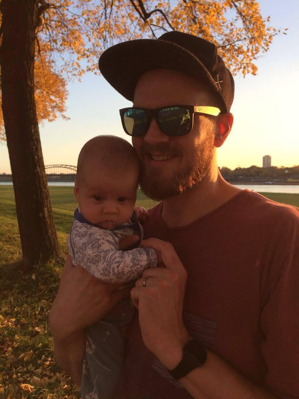 NATURSTROM-Kunde Lutz Friedrichs erzählt, wie es sich als junge Familie in Köln nachhaltig leben lässt.