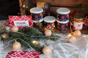 Aufstriche des Mosaik-Projekts auf dem Weihnachtsmarkt