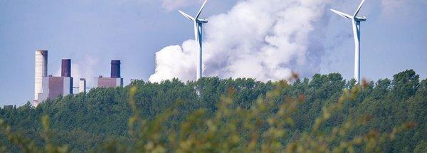 Kohle-Kraftwerk und Erneuerbare Energien
